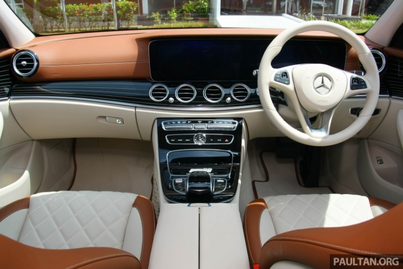 https://paultan.org/2017/10/05/mercedes-benz-e350e-plug-in-hybrid-launched-in-msia-exclusive-amg-line-and-edition-60-from-rm393k/mercedes-benz-e-350-e-edition-60-5/
