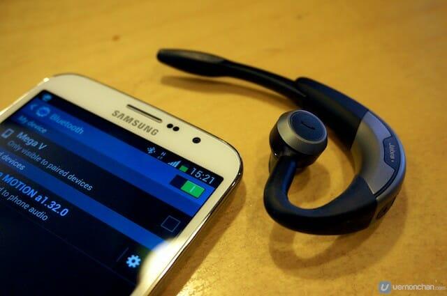 Jabra Motion Bluetooth headset.http://vernonchan.com/tag/jabra/