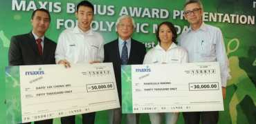 Maxis-Celebrates-with-Olympic-Medallists-2