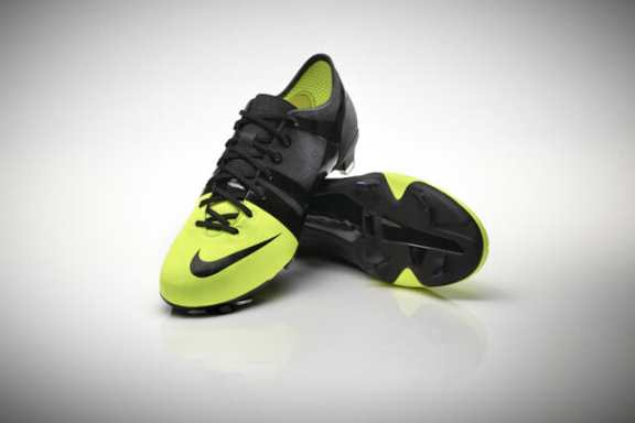 Nike-GS-Full-view