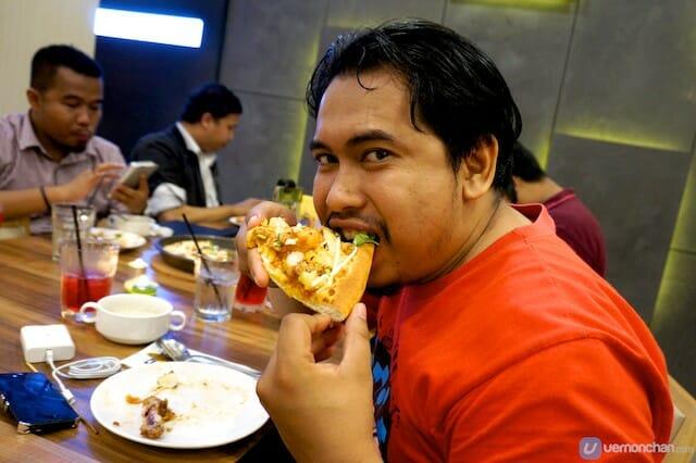 Blogger @broframestone loving it!  http://www.broframestone.com/