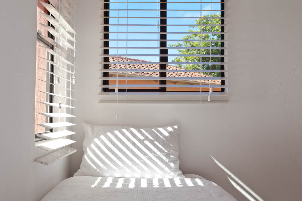 Keeping Windows Sliding Smoothly | Victorville Vern's Glass