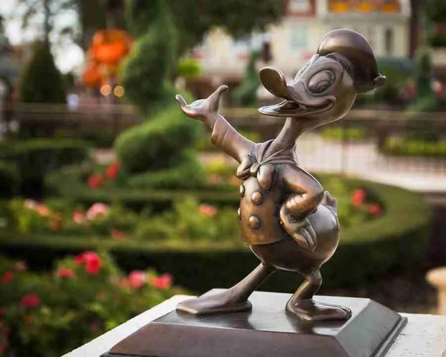 Disney's Donald Duck with Bokeh like butta!