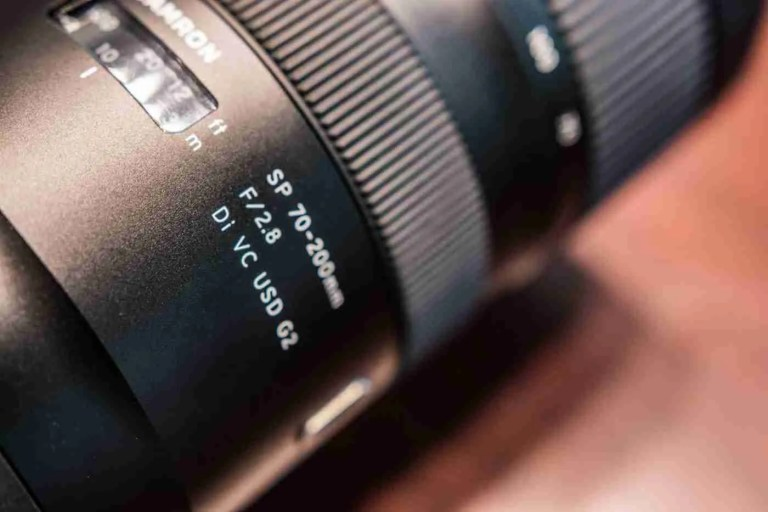 Showing specifications of specific lens