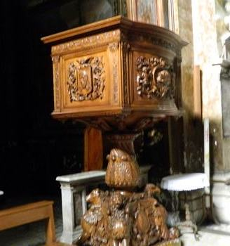 chiesadisansilvestroincapitepulpito4977.jpg