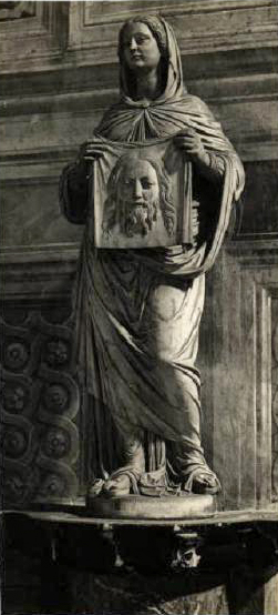 PaviaStatua