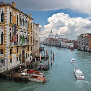 venice-travel_accademia-bridgeview