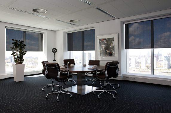 cortinas enrollables negras Verosol Rotterdam
