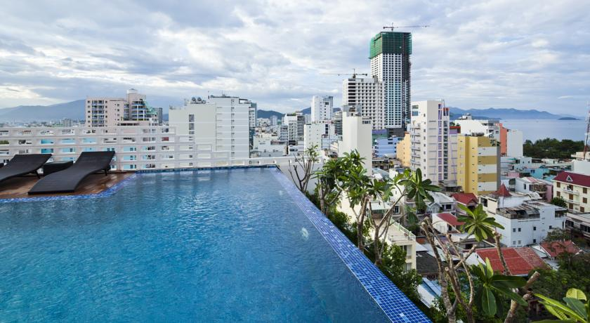 Golden Holiday hotel in Nha Trang