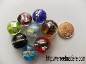 Différentes couleurs de perles
