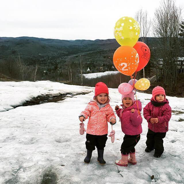 Photo de Joanie et sa famille pour notre article Famille et plein air, oui c'est possible en collaboration avec Ti-Mousse
