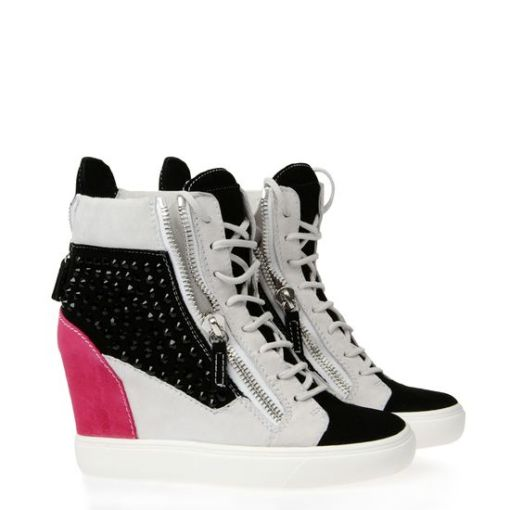 """""""NEW OBSESSION: The wedge sneaker"""""""