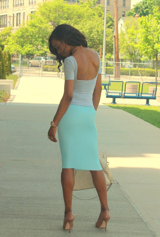 Pastel blue pleated skirt + gray open back top  (11)