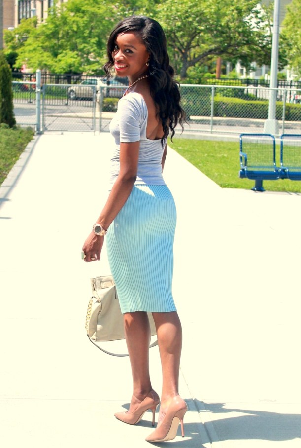 Pastel blue pleated skirt + gray open back top  (13)
