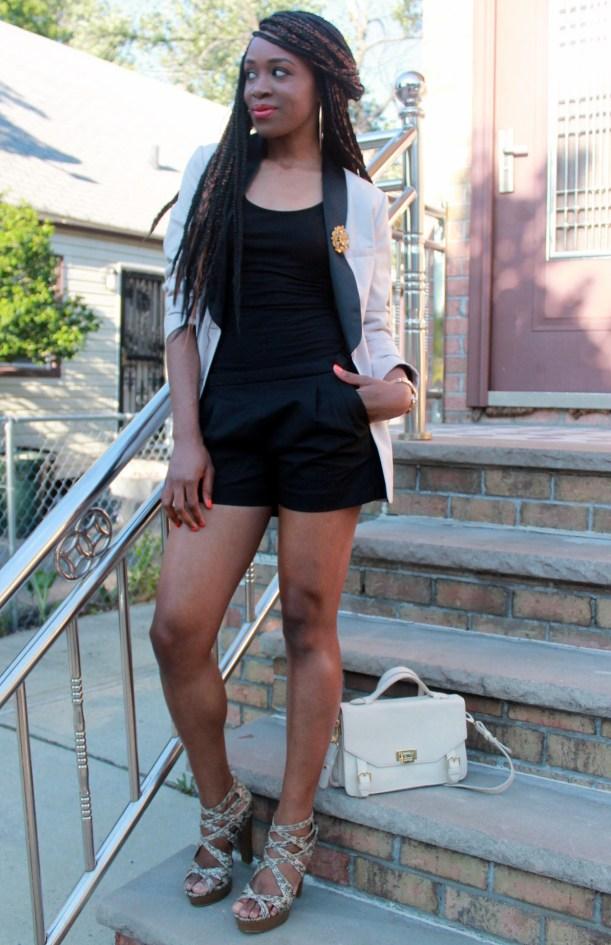 Black JCrew shorts + H&M oversized blazer (5)