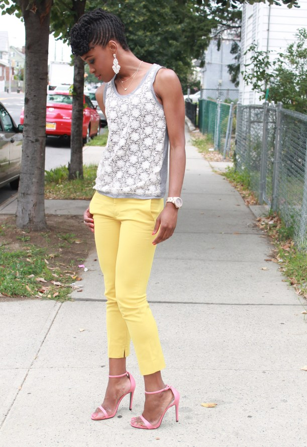 Yellow cropped trousers & lace top (13)