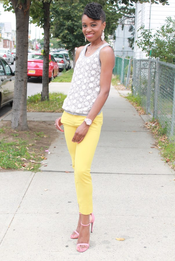 Yellow cropped trousers & lace top (6)