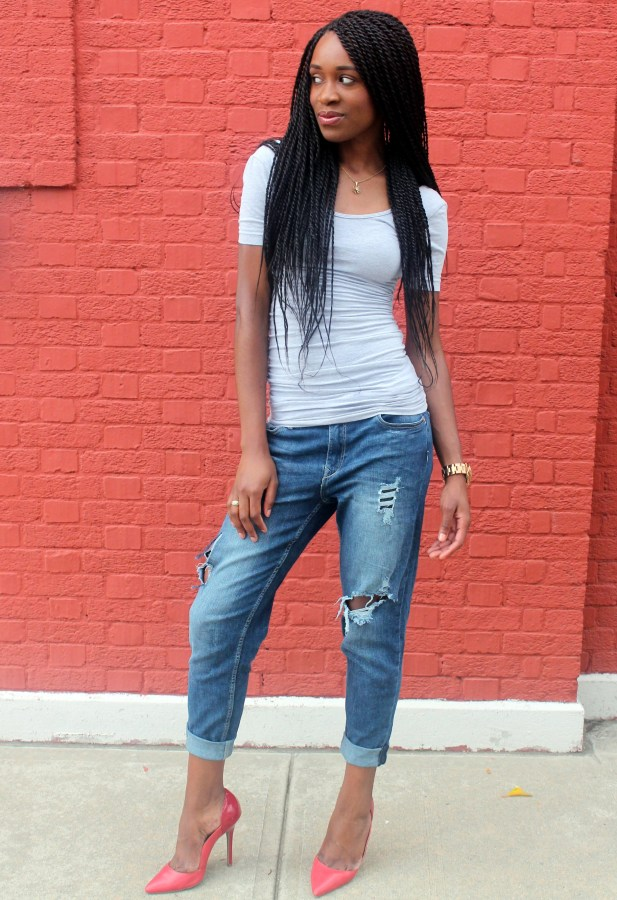Distressed bf jeans  + red heels (6)
