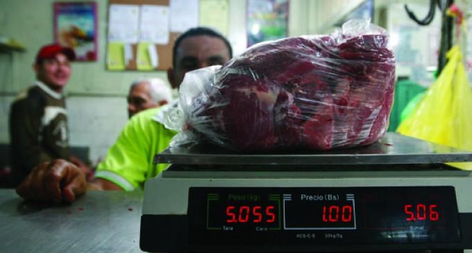 Venden 100 gramos de carne en Bs. 100