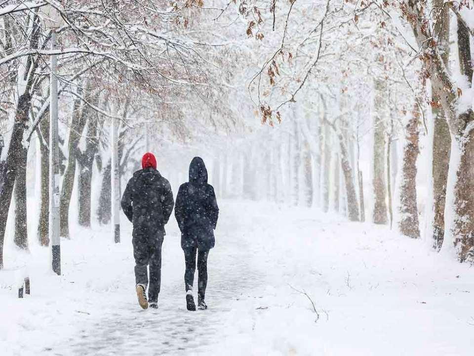 Spaziergang im Winter ist gesund