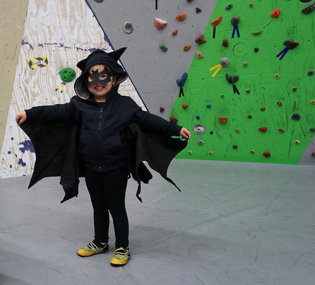 VATC Preschool Bat Costume