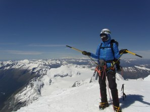 Ok - so this is the summit - where too from here? Summit of Mt Aspiring