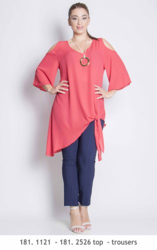 181,1121 - 181,2526 top - trousers