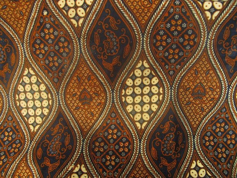 Perbedaan Batik Solo dengan Batik Yogyakarta  Judul Situs