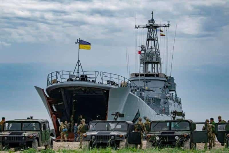 БДК Украины и десант США