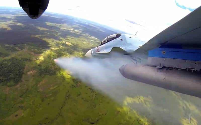 совместные тренировки экипажей истребителей ВКС РФ и ВВС НОАК