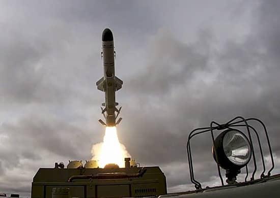 Ракетная стрельба по мишенным позициям в Баренцевом море