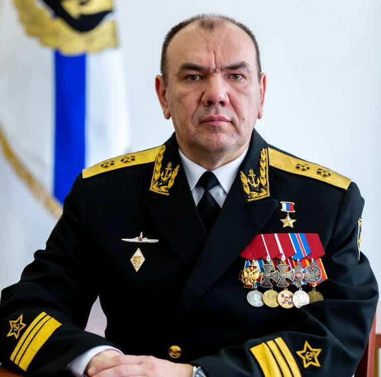 командующий Северным флотом А.Моисеев