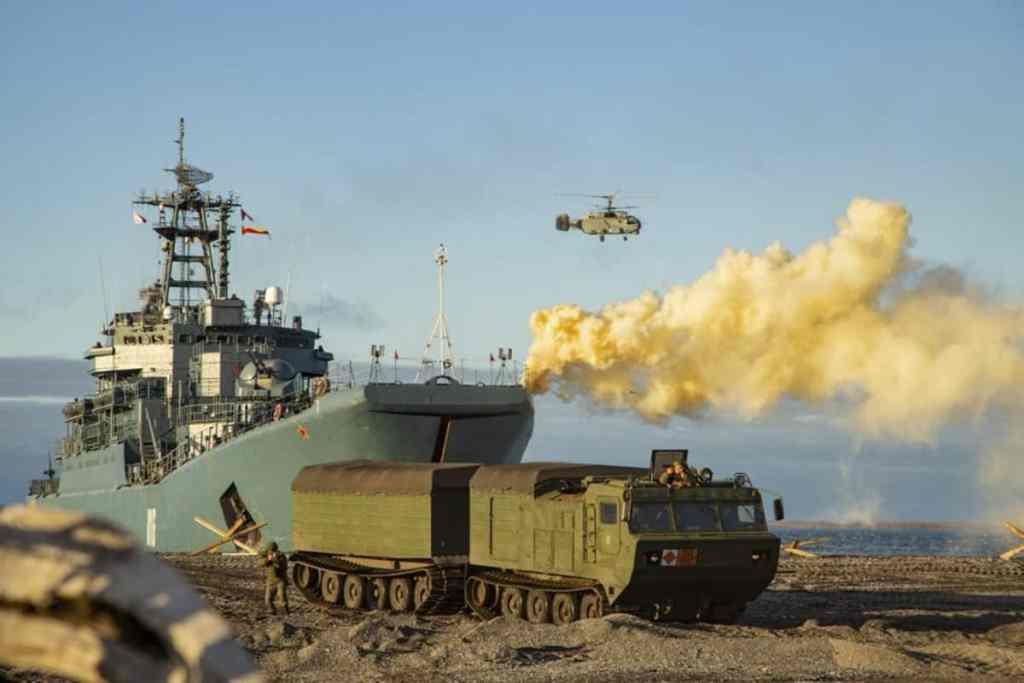 межвидовое-тактическое-учение-по-защите-островной-зоны-в-море-Лаптевых