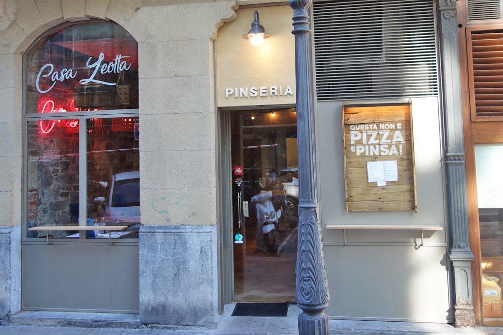 Casa Leotta Bilbao  No es Pizza Es Pinsa