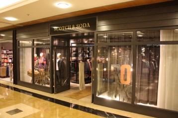 Scotch & Soda, C.C. Artea