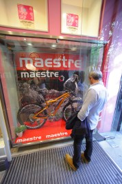 Maestre Bikes en VERY BILBAO POP-UP SHOP