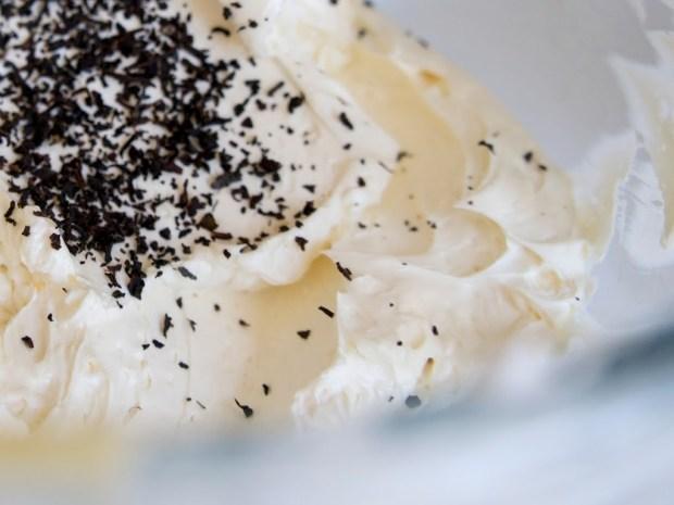 buttercream meringue cake earl grey banane et dulche de leche
