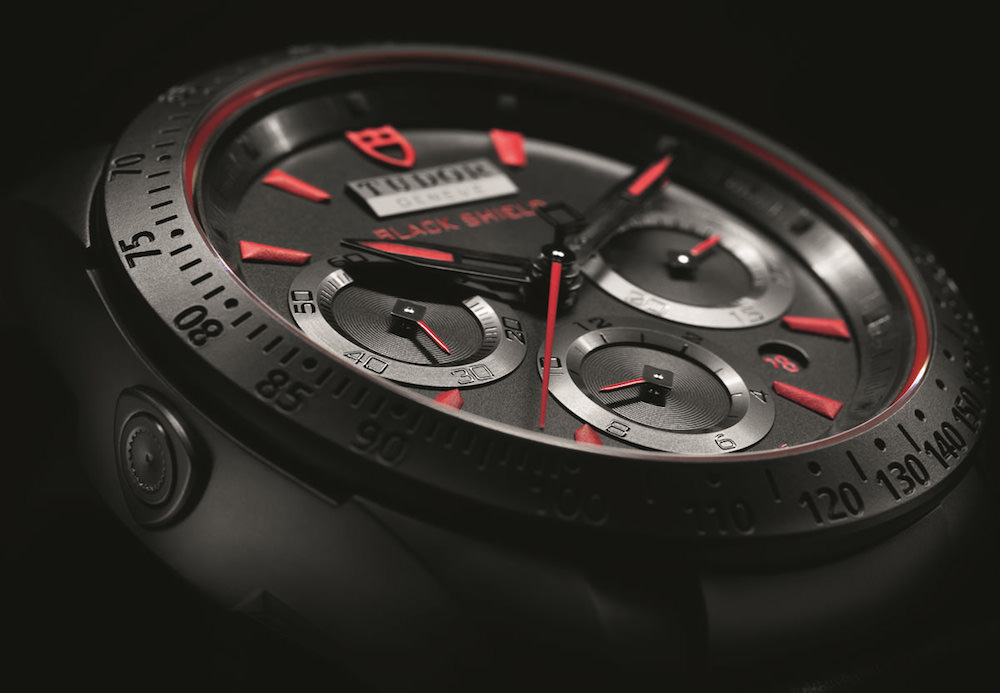 Montre homme Tudor Fastrider Black Shield chronograph rouge Cadran - verygoodlord