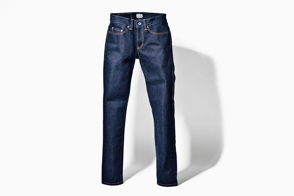 naked and famous 32oz jean le plus resistant lourd du monde slevedge denim