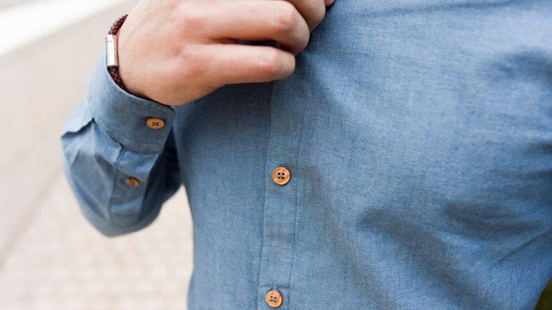 chemise jean bouton bois