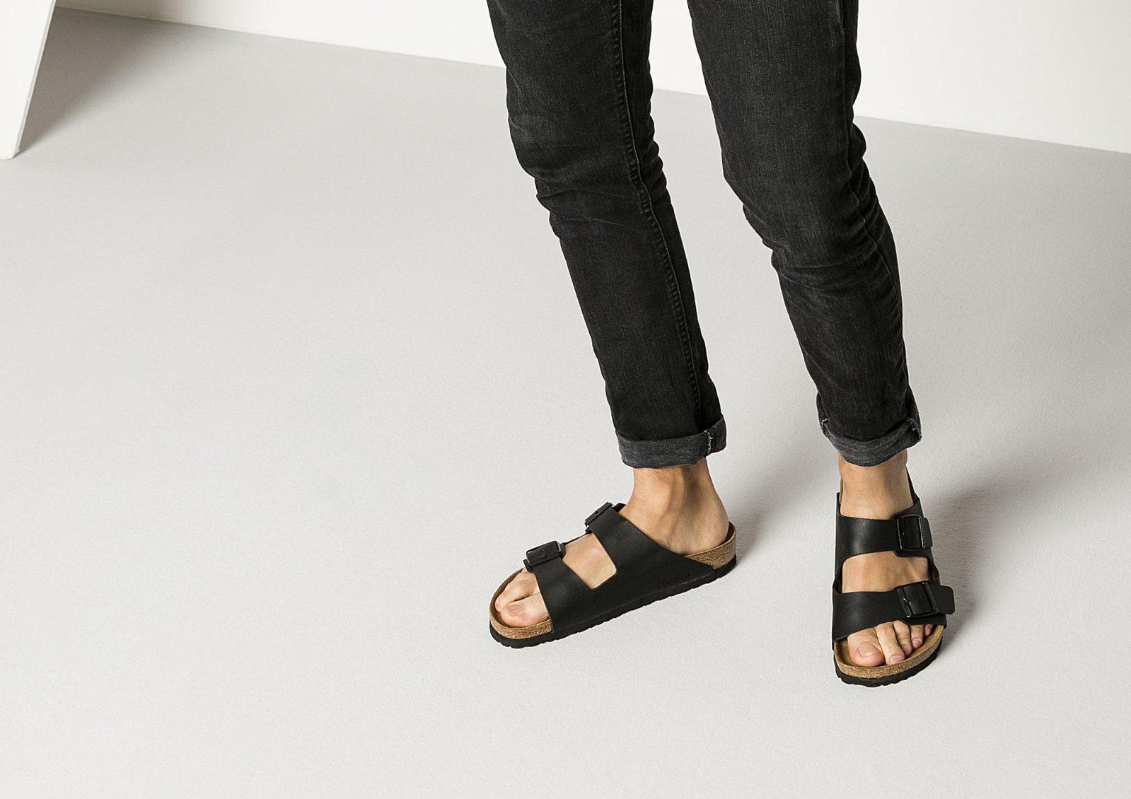 Porte Chaussure Derriere Porte quelles chaussures d'été pour homme choisir ? les