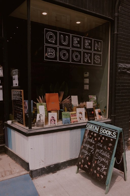 Library Queen Books in East Toronto