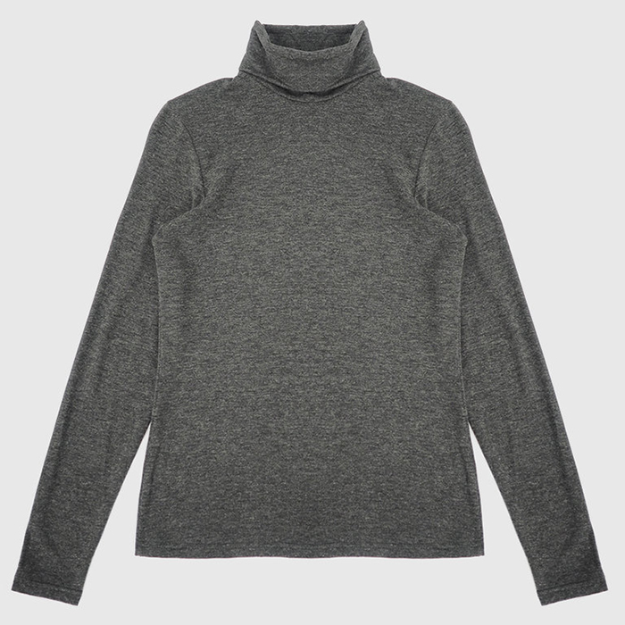 Classic turtleneck in bamboo and merino wool by Betinal Lou