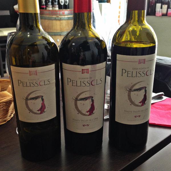Une partie de la gamme de vins du Domaine de Pelissols