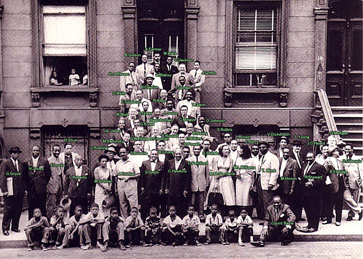 """""""Harlem'de müthiş bir gün"""", Art Kane (fotoğrafı büyütmek için tıklayın)"""
