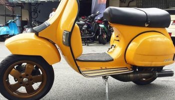 Fully restore Vespa PX200 by @thehivekb Engine rebuild with