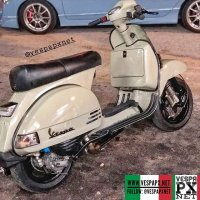Beige cream? Can you tell what color is this? Custom paint Vespa PX custom modified @boynasrin