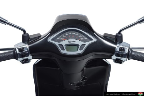 vespa sprint carbon speedo