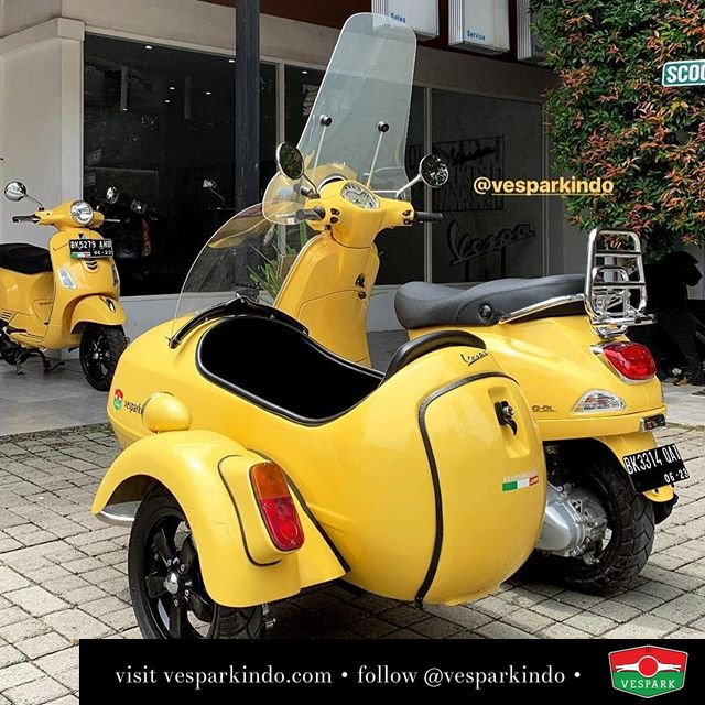 Vespa LX Sidecar from Vespark with full accessories