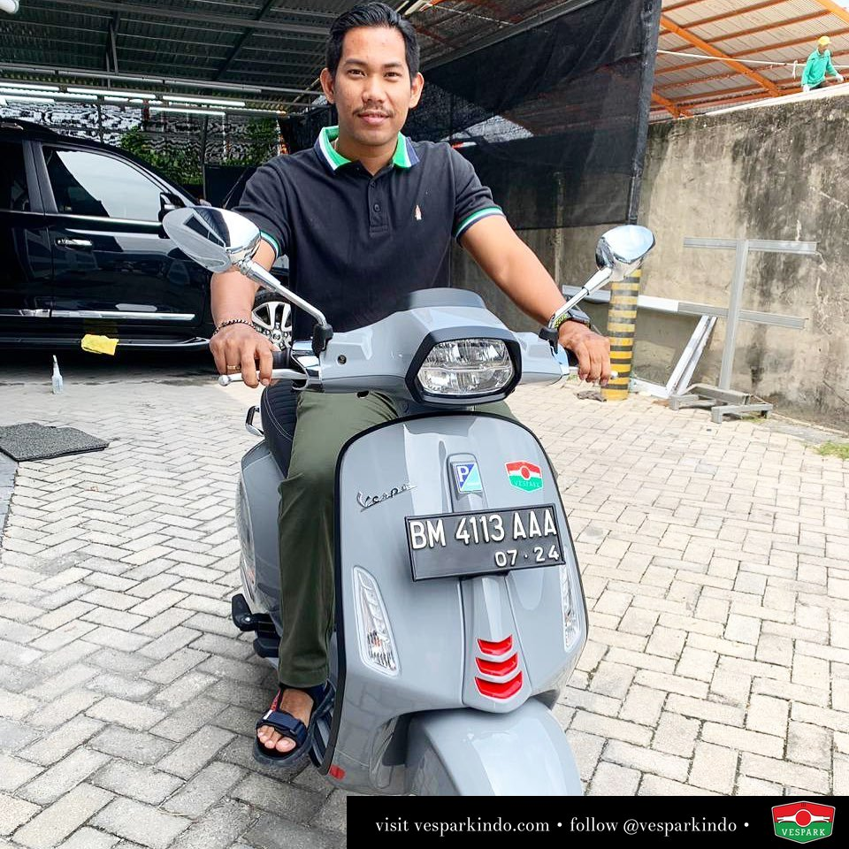 Vespa Sprint S LED 150 ABS i-get , Grey Avio delivery to Pekanbaru Welcome to Vespark family Alif Perdana (pekan baru